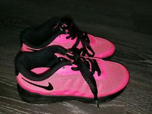 Details about Girls Hot Pink & Black Nike Air Max Invigor trainers size 11 28.5 Infant kids