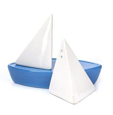 Kikkerland SAIL AWAY Salt and Pepper Shakers Set SAILING BOAT Ceramic WHITE Blue