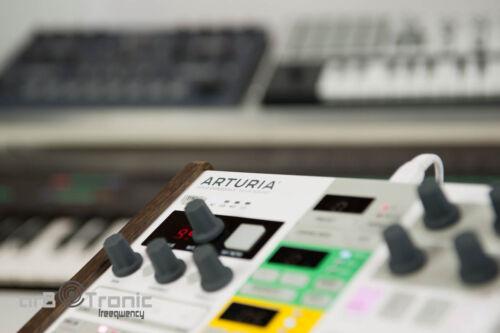 Arturia Beatstep Pro High Echtholz Ständer Seitenteil Desktop Stand Eurorack DO