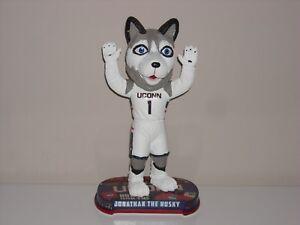 JONATHAN-THE-HUSKY-Uconn-Huskies-Mascot-Bobble-Head-2017-Headlines-Base-IN-STOCK