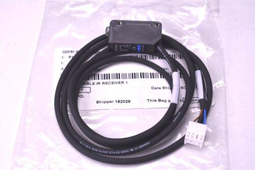 "New Keyence Photoelectric Sensor Switch PZ-M51 w// 47/"" Cable Assembly 0009"