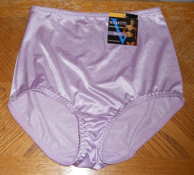 Vassarette Undershaper Brief Panty Sz 7 NWT Wsteriabud Large