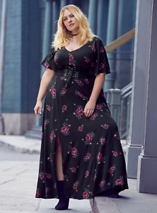 11adc372b2c3 Torrid - black floral challis maxi dress - NWT - size 2 - fitted ...
