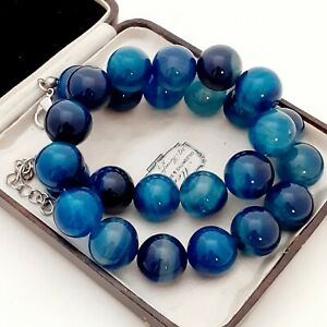 An-Absolutely-Beautiful-Strand-of-Large-15mm-Blue-Agate-Beads-Necklace