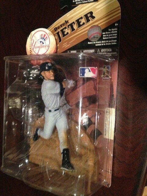MCFARLANE MLB 2009 Wave 1, Derek Jeter NY Yankees 3000 hits