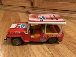 Vintage-United-Airlines-Tin-Friction-Toy-Airport-Jeep-1960-039-s-Japanese-Very-Rare