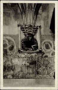 Wien-Ansichtskarte-1934-gelaufen-Im-Stephansdom-Skulptur-am-Orgelfuss-von-Pilgram