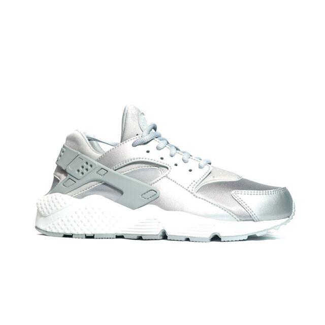 62b2c7e1d7f02 Nike Womens Air Huarache Run SE Low Top Lace up Running Silver Size ...
