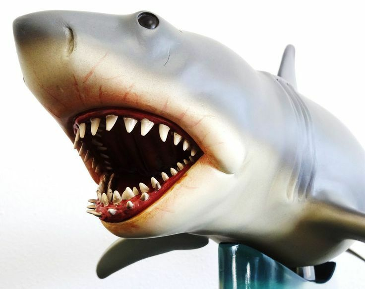 SIDESHOW BLOOD THIRSTY PROTATOR BRUCE THE SHARK JAWS MAQUETTE STATUE FIGURE BUST