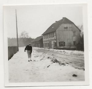 47/558 FOTO FACHWERKHAUS IM WINTER  UNBEKANNT