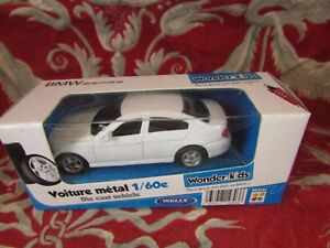 Car-Miniature-1-60-in-Sound-Packaging-Wonder-Kids-Welly-BMW-Serie-330