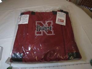 Nebraska-Cornhuskers-Huskers-Logo-Stadium-Seat-Bleacher-Chair-Padded-Cushion-NEW