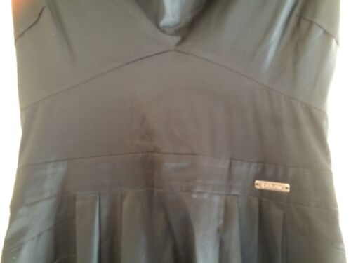 Frill Achterkant Colk Vk Low 12 10 Zwart Polyester Galliano Zip Jurk qz8pwPP