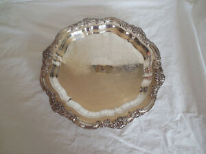 Large Footed tray 16.5 Long made by WM A Rogers Vintage Silverplate Meat Tray