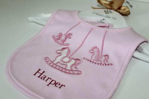 BABY BIB BABY GROW PLAYSUIT *MORE COLOURS* PERSONALISED SLEEP SUIT AND BIB