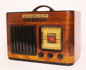 Old-Antique-Wood-Philco-Vintage-Tube-Radio-Restored-Working-Art-Deco-Table-Top