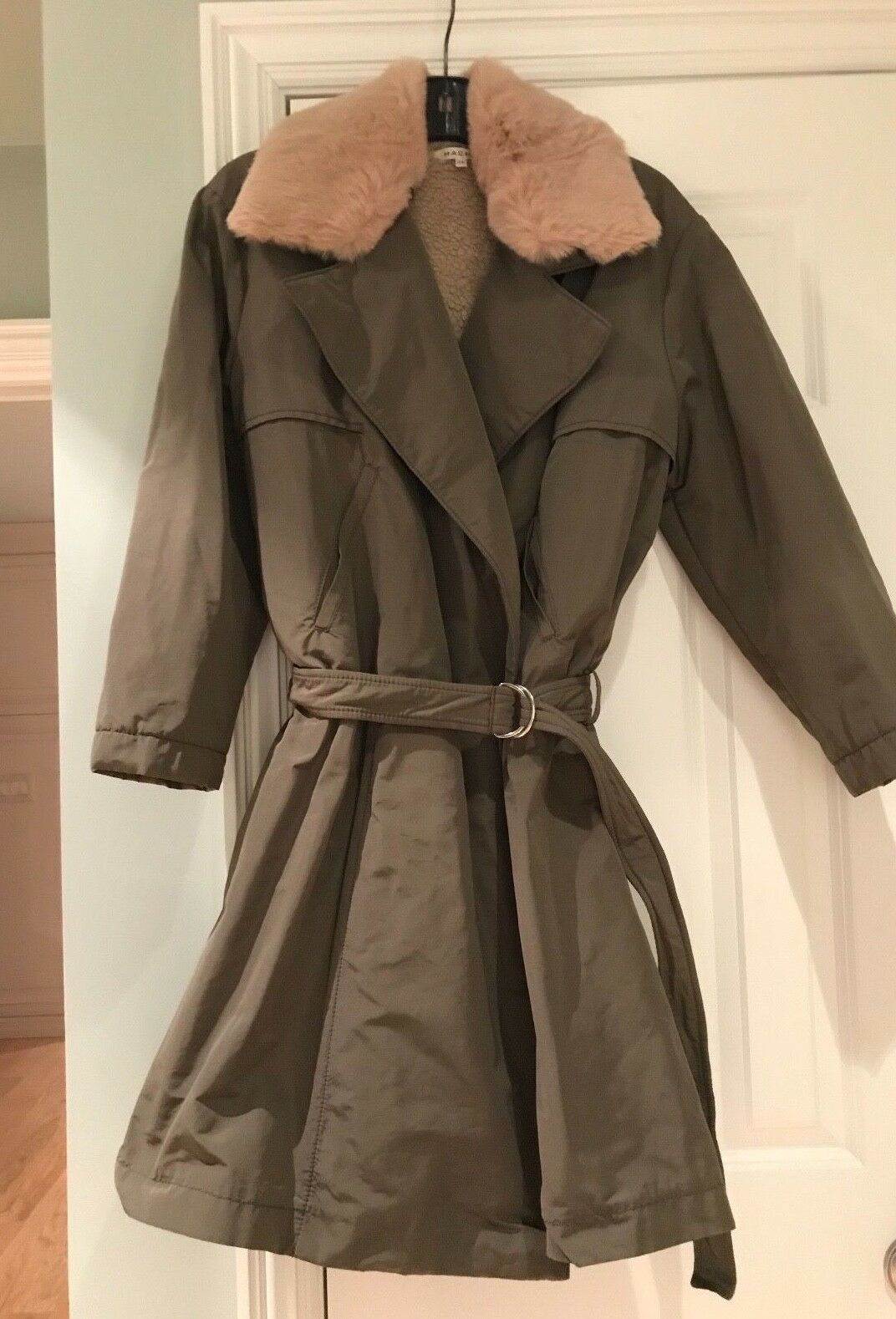 HACHE TRENCHCOAT-STYLE LINED WOMAN'S COAT W  2 FUR COLLARS - MSRP