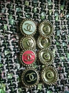 Eght-STAMPED-Authentic-Chanel-Buttons-lot-of-8-black-white-peach-gold-mix