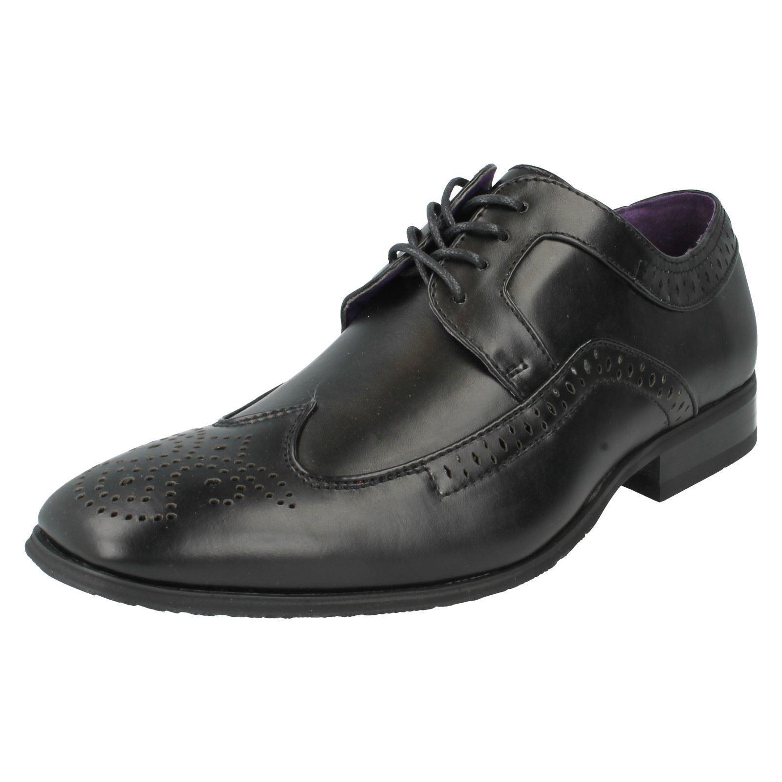 Hombre MAVERICK Negro Zapatos 7-11 Con Cordones GB Tallas 7-11 Zapatos a2071 281b6f