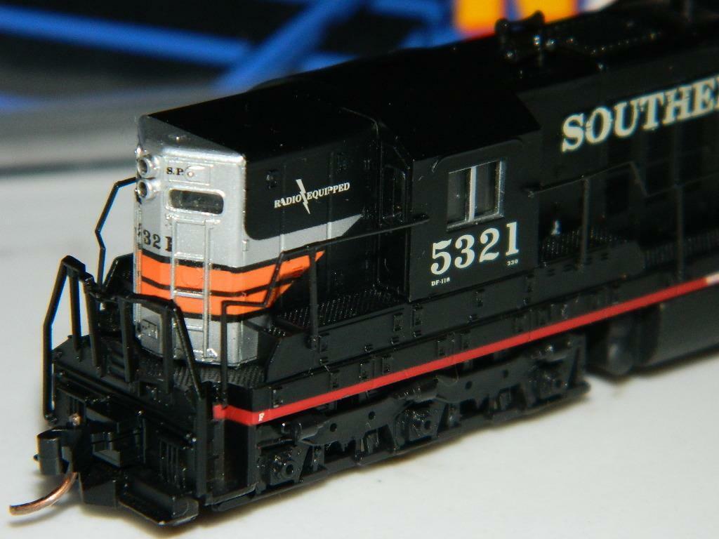 Life-Like Trains  7728 N escala SD7 Southern Pacific Ventana Negra  5321 5327 Nuevo Viejo Stock
