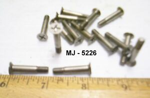 Lot-of-15-Non-Magnetic-Philips-Head-Machine-Screws-NOS