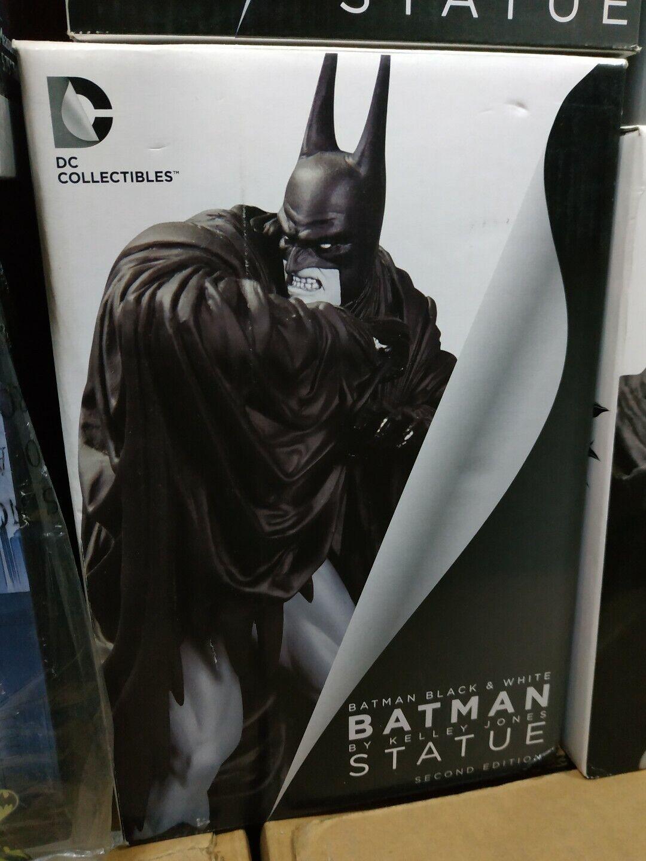 Batman schwarz & Weiß statue Kelley Jones Second Edition DC Collectibles