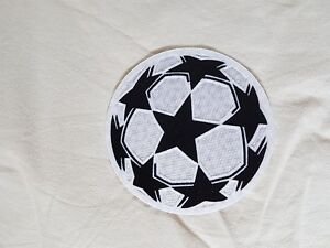 patch-toppa-nuova-champions-league-pallone-bianco-lextra-barcellona-juve-real