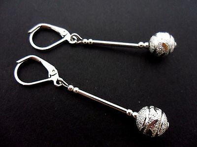 A PAIR OF  PRETTY TIBETAN SILVER DANGLY LEAF LEVERBACK HOOK  EARRINGS NEW.