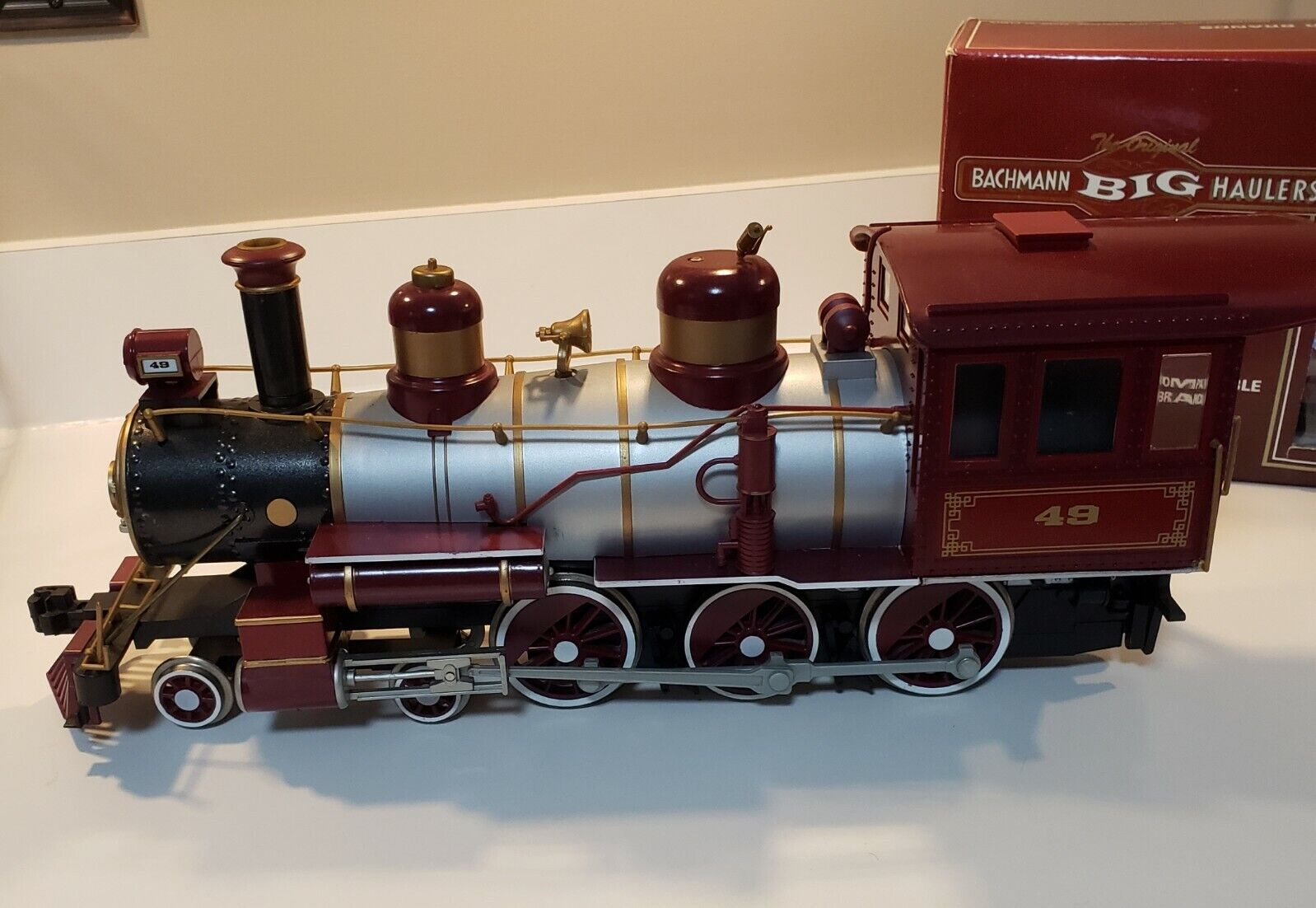 Bachmann G Scale 4 Piece Train Set with Steam Locomotive & Sound
