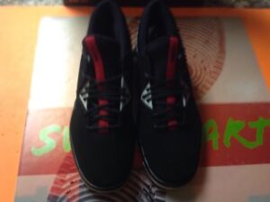 38810c65a3a4 Nike Jordan Flight Fresh PREM Men s Sz 11.5 Shoes Low Black Red ...