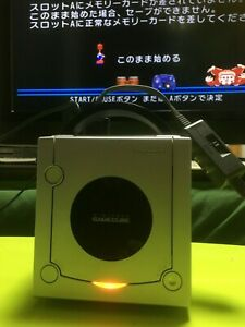 Nintendo-GameCube-silver-Console-only-tested-well