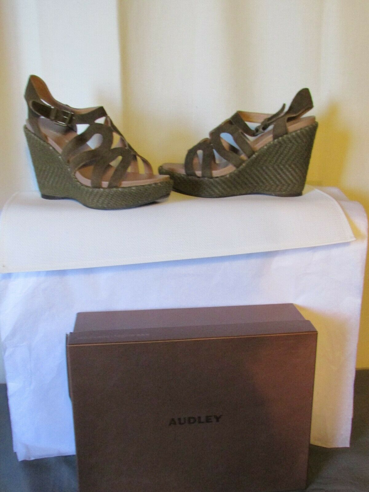 Wedge Sandals Audley Suede Khaki Size 38