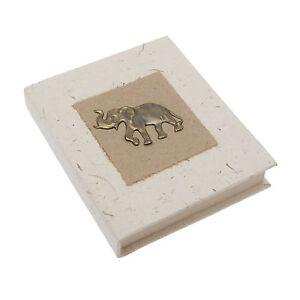 Commerce-equitable-eco-friendly-petit-elephant-dung-carnet-papier-recycle