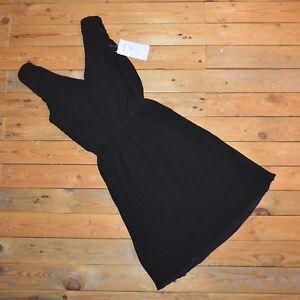 Women-039-s-Elegant-Black-Sleeveless-Pleated-Stretch-V-Neck-Skater-Dress-Size-6