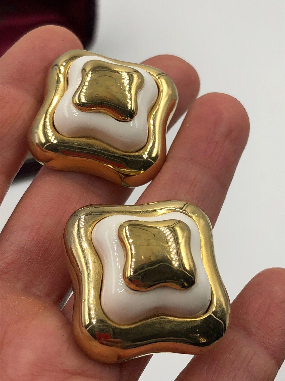VINTAGE LANVIN SIGNED GOLD ENAMEL EARRINGS CLP FR… - image 7
