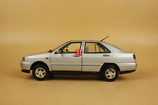 1/18 China chery silver color diecast model (box is old)