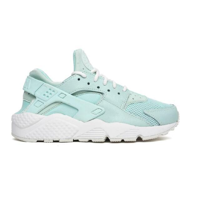 80f6b306fe20 Nike Air Huarache Run SE Womens 859429-300 Igloo White Running Shoes ...