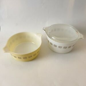 2 Pyrex Town & Country Casserole Dishes 471 473 VTG 1 Pint & 1 Quart - One Lid