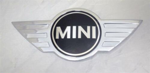 Mini Cooper Countryman F60 Front badge emblème logo Genuine 51147351373 7351373