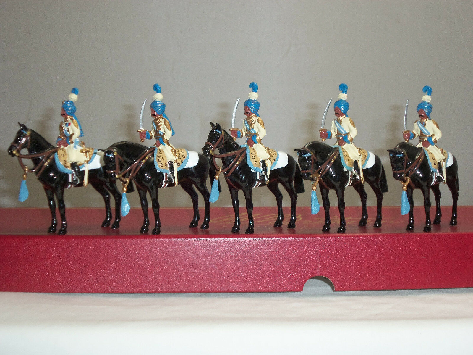 BRITAINS 00083 IMPERIAL CADET CORPS MOUNTED DELHI DURBAR TOY SOLDIER FIGURE SET