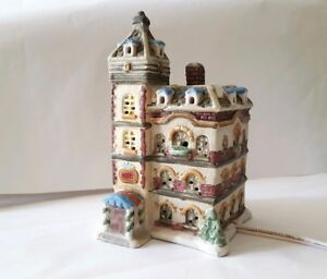 Vintage Christmas Collection Porcelain Lighted House - Hotel c 1995