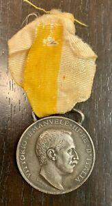 MÉDAILLE EN ARGENT VICTOR EMMANUEL III CAMPAGNE DE LYBIE