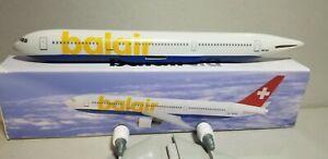 FLIGHT-MINATURE-BALAIR-767-300-1-200-SCALE-PLASTIC-SNAPFIT-MODEL