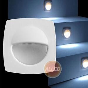 BOAT//CARAVAN 4 X 12V COOL WHITE LED SURFACE MOUNT COURTESY COMPANION LIGHT