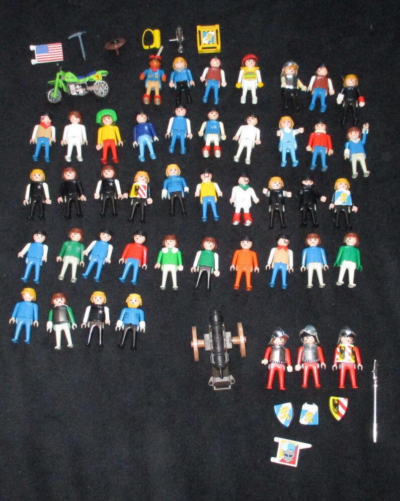 44x alte Playmobil Figuren und ein paar Zubehörteile (gebraucht)