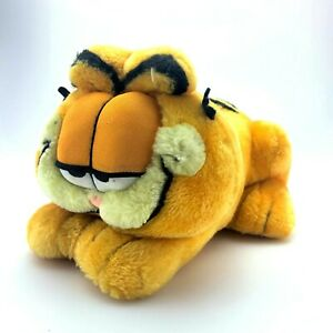 Vintage-Garfield-Plush-Stuffed-Animal-Laying-Down-Play-by-Play-PAWS-10-034