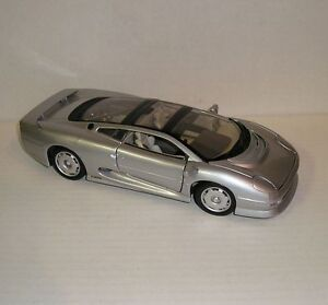 jaguar xj220maisto silver metallic diecast car model mini 1 / 18