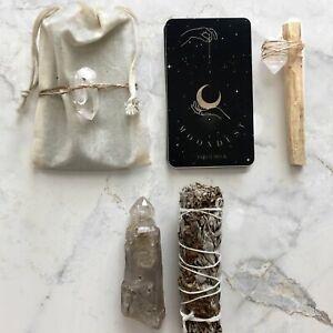 Moondust-Tarot-Card-Deck