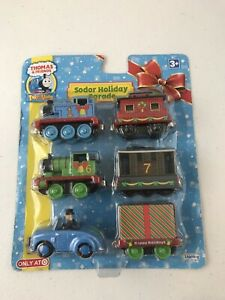 Thomas-amp-Friends-Christmas-Sodor-Holiday-Parade-Die-Cast-Train-Set-NEW-Target
