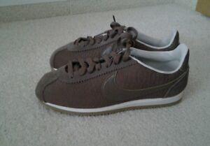 43 Cortez 200 Classic Uk 833657 8 Eur Prem 833657200 Leather 5 Grösse Nike CZ15Ywxwq